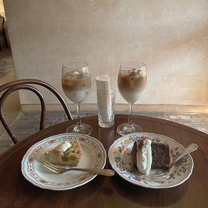 トレンドはモダン×レトロな喫茶店なの。おすすめのお店はずばりココ。