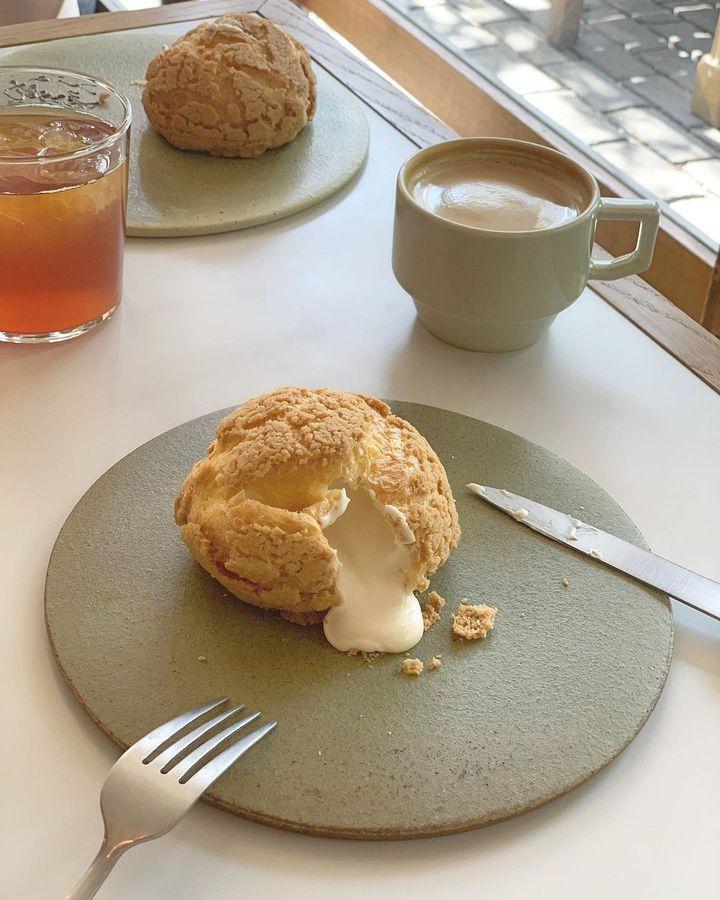 無機質系インスタグラマーを徹底調査。京都VS東京の淡色カフェ、どっちが好み?