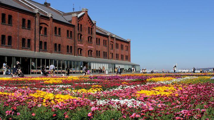 横浜赤レンガ倉庫に春が来た!「FLOWER GARDEN 2021」開催