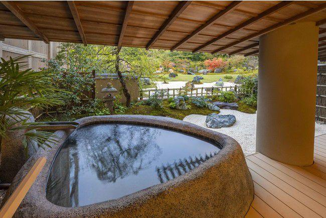 日本庭園×露天風呂で極上空間を楽しむ。箱根・強羅花壇で新客室誕生