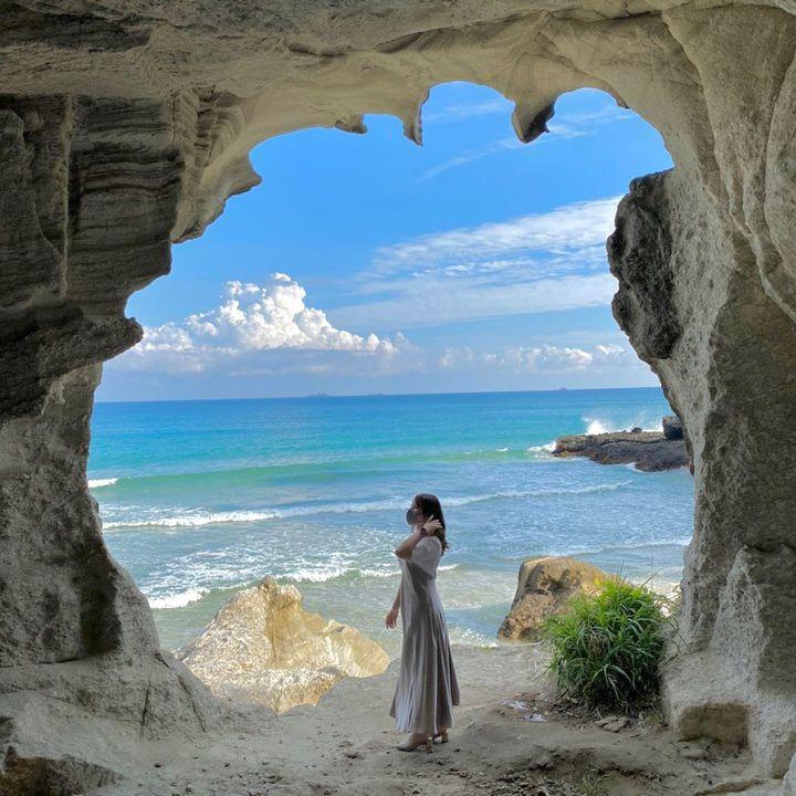 """夏はやっぱり海に行きたい!思わず写真におさめたくなる""""白×青""""が美しすぎる絶景ビーチ7選"""