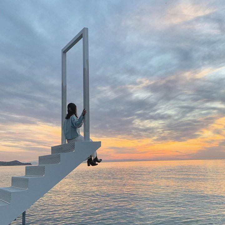 さあ、最強の夏の思い出を作りに行こう。エモい一枚が撮れる海×絶景スポットまとめ