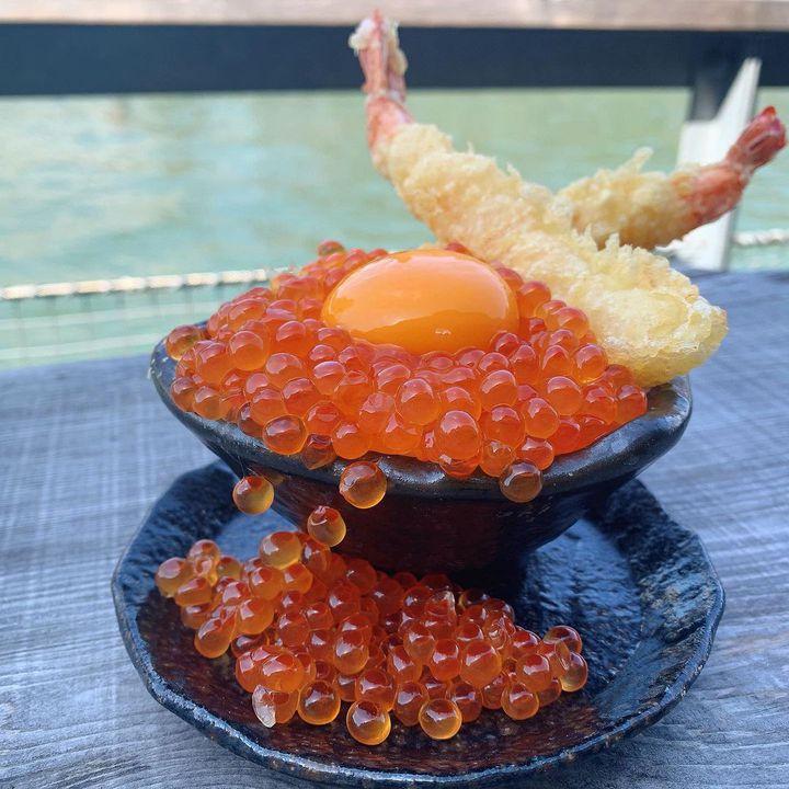ご当地限定の新鮮な味を求めて。わざわざ食べに行きたい全国の絶品海鮮丼LIST
