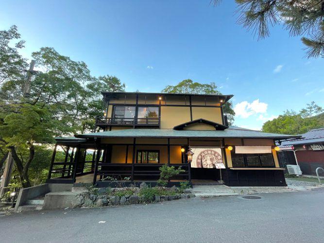 日本庭園を眺めながら、京カフェを楽しむ。丸山公園内に「eXcafe 祇園八坂」オープン