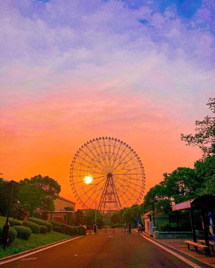 夏のお出かけは夕方から。オレンジに染まる空が見える東京の夕陽スポット