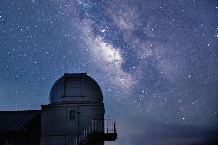 秋の夜長に星を眺めて。この秋見たい「満天の星空」スポットまとめ