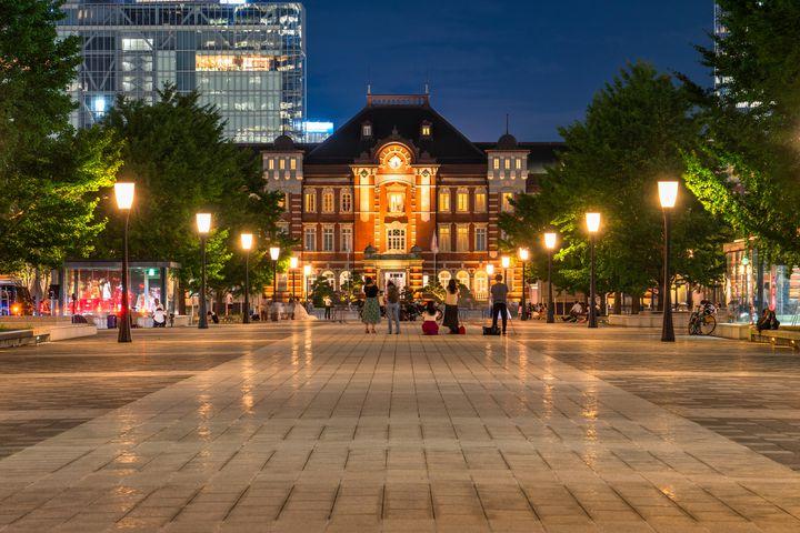 """隣を歩くのは君が良い。東京都内の""""大好きな君と歩きたい""""夜散歩デートコース10選"""
